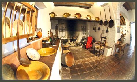 Las salas museo unicaja de artes y costumbres populares for La cocina popular